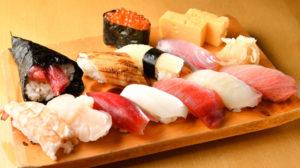日本人は寿司好き
