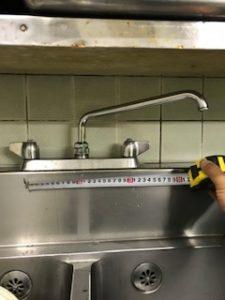 台所の台付き蛇口