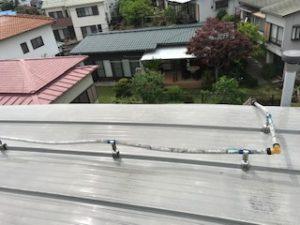屋上のポリ管