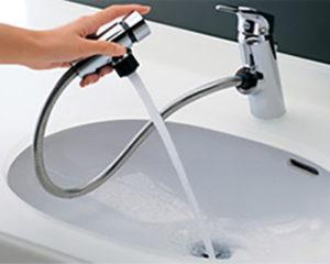 洗面所の水栓金具