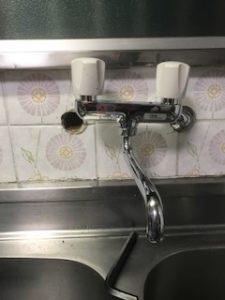 壁付の台所蛇口