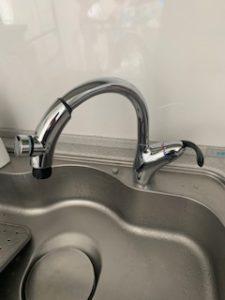 グースネックの水栓